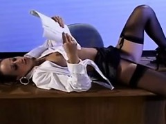 hairy-chick-having-sex-in-the-detention-room