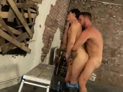 casper-ellis-gets-his-asshole-licked-and-fucked