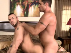 Muscled Jessie Loves To Suck Nick Big And Hard Dick