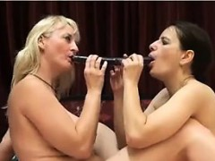 mature mothers being lesbians WWW.ONSEXO.COM