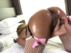 Thai Ladyboy Candy Gets Her Ass Pounded In Quickie Anal Sex