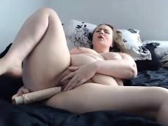 hot-bbw-housewife-stephanie-masturbates-pussy