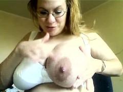 milf-with-big-tits-milking-herself