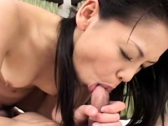 asian-bitch-getting-fucked-deep-in-her-wet-pussy-pie