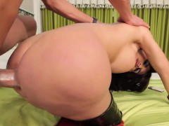 bigass-tranny-pounded-and-facialized