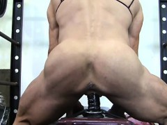 muscular-lacey-fuck-a-gym-dildo