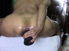 extreme-anal-toying-and-anal-contractions