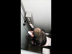 hidden-camera-girl-voyeur-17