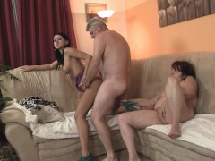 Finding Old Couple With His Teen Gf