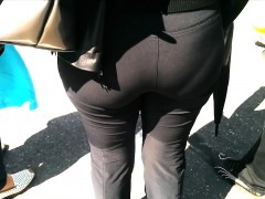 Large Booty Milf In Sweatpants