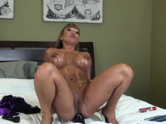 stacked-and-lustful-asian-milf-ava-devine-drills-her-holes-on-the-bed