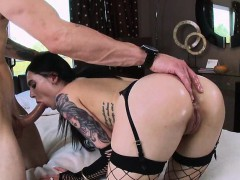 juicy-ass-brunette-marley-brinx-gets-anal-fuck-for-money
