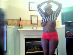 hee-from-onmilfcom-sexy-black-milf-with-44dds