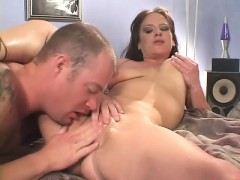 big titted brunette milf trades oral and gets her fuck hole fucked