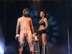 crazy-fetish-needle-show-on-stage
