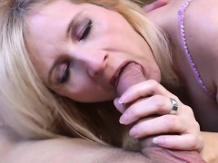 mature-housewife-gets-fucked-by-he-ute