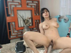 busty-brunette-fisting-and-toying-her-ass