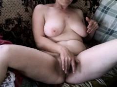 mature-beauty-sensual-masturbation-webcam