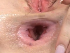 fervent-nympho-is-gaping-wet-twat-in-close-up-and-having-org