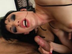 milfthing-presents-wendy-superhot-mature-milf-getting