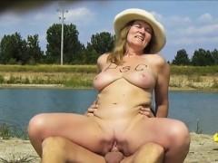 public-porn-casting-with-huge-tits-adella