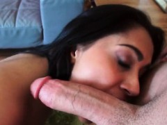 jazmine-lopez-gets-naughty-outside