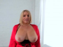 bitch-starts-shaking-her-jugs-as-that-babe-acquires-hammered