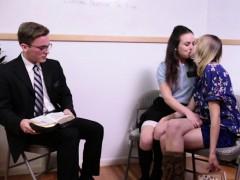religious-teens-sucking