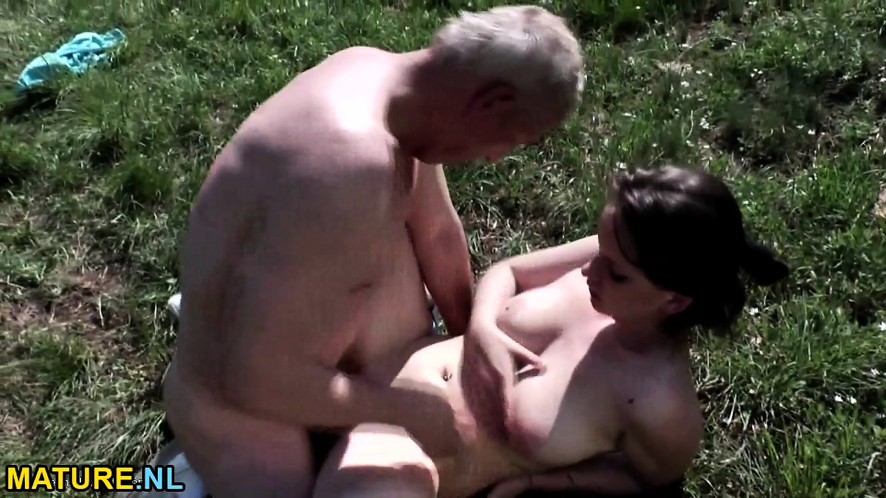 18 Year Old Fucks Old Man