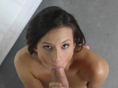 alexis-deen-spreads-pussy-and-blowjob