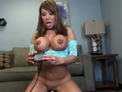 ava-devine-rides-the-sybian-and-dps
