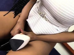 sexy-ebony-in-white-pantyhose