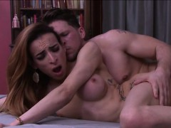 Shemale Savannah Is Fuck By A Huge Cock