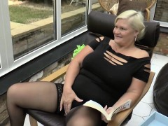 younger-pool-cleaner-fucks-grandma-lacey