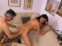 Sextape Germany – Busty Newbie In Her First Porn Shoot