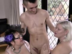 Lesbo äiti viettely videot