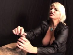 stella-the-domina-dominates-her-slave