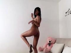 webcam-sex-show-with-sexy-camwhore