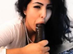 kim-kardashian-look-alike-sucking-black-dildo