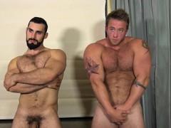 Hairy bodybuilder anal and cumshot