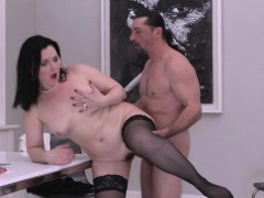 hairy mature lady blows and bangs in stockings