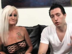 inked mature blonde has her muffin rammed