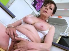 europemature-horny-mature-seductive-solo-action