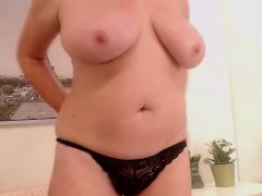 thick-busty-mature-wife-solo