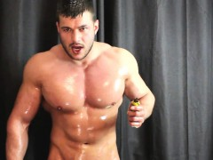 poppers-and-oil-everywhere-and-anywhere