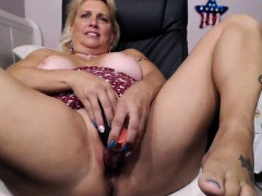 mature blonde fat ass camgirl masturbates on webcam xxx.harem.pt