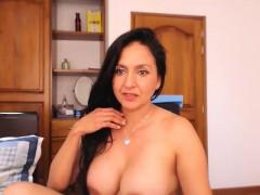 amateur-homemade-porn-mature-milf-masturbation-and-orgasm-cu