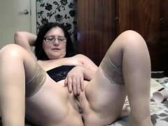 mature-stockings-amateur-hottie