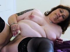 europemature-busty-chubby-solo-toying-masturbation