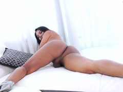 Ladyboy Jasmine Appreciates Masturbation